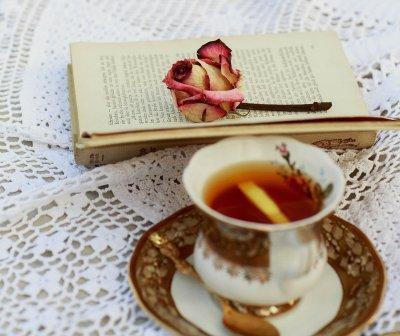 Zeit, Tee, Buch, Stille,